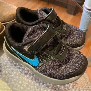 Nike boys size 10c